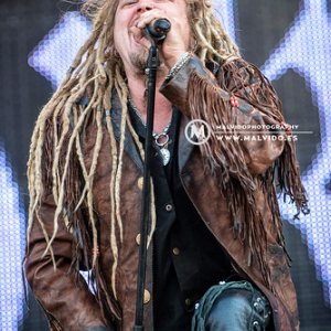 "Korpiklaani • <a style=""font-size:0.8em;"" href=""http://www.flickr.com/photos/12855078@N07/45162021601/"" target=""_blank"">View on Flickr</a>"