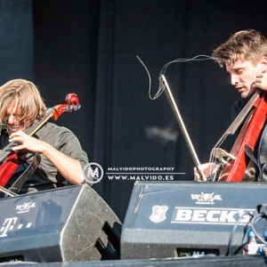 """2Cellos • <a style=""""font-size:0.8em;"""" href=""""http://www.flickr.com/photos/12855078@N07/30223858707/"""" target=""""_blank"""">View on Flickr</a>"""