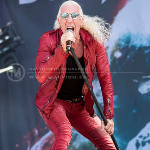 "DeeSnider • <a style=""font-size:0.8em;"" href=""http://www.flickr.com/photos/12855078@N07/35653562472/"" target=""_blank"">View on Flickr</a>"