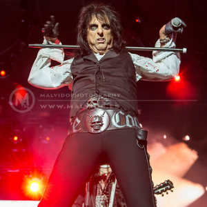"AliceCooper • <a style=""font-size:0.8em;"" href=""http://www.flickr.com/photos/12855078@N07/35323153744/"" target=""_blank"">View on Flickr</a>"
