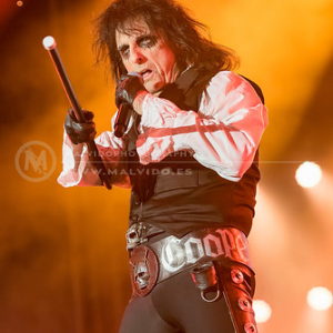 "AliceCooper • <a style=""font-size:0.8em;"" href=""http://www.flickr.com/photos/12855078@N07/35323157524/"" target=""_blank"">View on Flickr</a>"