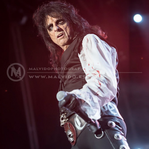 "AliceCooper • <a style=""font-size:0.8em;"" href=""http://www.flickr.com/photos/12855078@N07/35323152474/"" target=""_blank"">View on Flickr</a>"