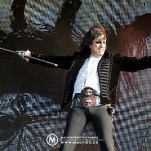 "AliceCooper • <a style=""font-size:0.8em;"" href=""http://www.flickr.com/photos/12855078@N07/36330107123/"" target=""_blank"">View on Flickr</a>"
