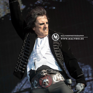 "AliceCooper • <a style=""font-size:0.8em;"" href=""http://www.flickr.com/photos/12855078@N07/36954917226/"" target=""_blank"">View on Flickr</a>"