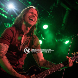 """AlterBridge • <a style=""""font-size:0.8em;"""" href=""""http://www.flickr.com/photos/12855078@N07/38076846361/"""" target=""""_blank"""">View on Flickr</a>"""