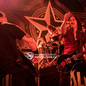 "AlterBridge • <a style=""font-size:0.8em;"" href=""http://www.flickr.com/photos/12855078@N07/38076843561/"" target=""_blank"">View on Flickr</a>"