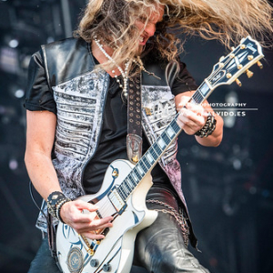 """Whitesnake • <a style=""""font-size:0.8em;"""" href=""""http://www.flickr.com/photos/12855078@N07/48355405086/"""" target=""""_blank"""">View on Flickr</a>"""