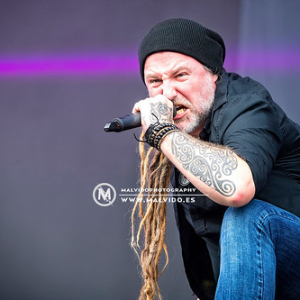 "Eluveitie • <a style=""font-size:0.8em;"" href=""http://www.flickr.com/photos/12855078@N07/49391515401/"" target=""_blank"">View on Flickr</a>"