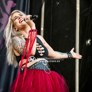"""Delain • <a style=""""font-size:0.8em;"""" href=""""http://www.flickr.com/photos/12855078@N07/49735840883/"""" target=""""_blank"""">View on Flickr</a>"""